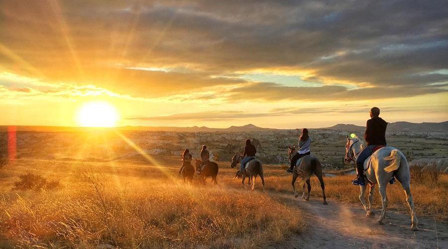 цена в кемере прогулка на лошадях